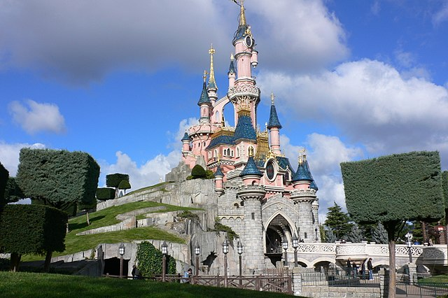 Paris Things To Do and Places To visit Disneyland Paris