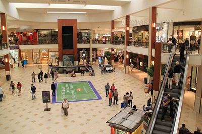 Shopping in Miami Aventura Mall
