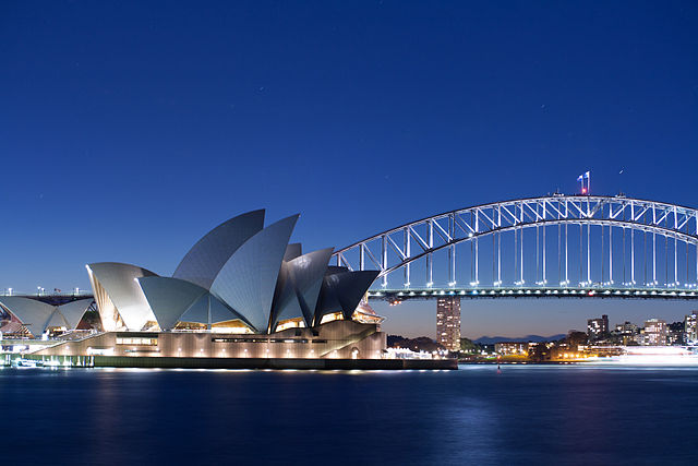 Sydney Travel Guide and Places To Visit Sydney Opera House and Sydney Harbour Bridge