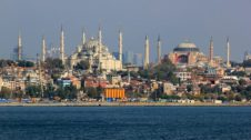 Istanbul Travel Guide and Places to Visit Hagia Sophia and Sultan Ahmed Mosque