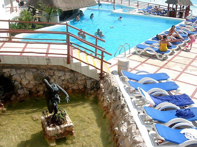 CANCUN - Mexico Hotel Hotetur Beach Paradise